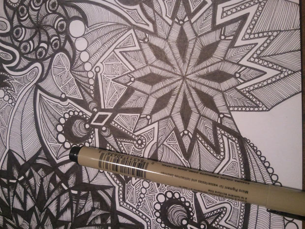 black_white_micron_kaleidoscope_drawing
